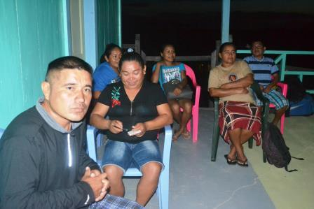 Residents of Paramakatoi during the meeting with ministry officials