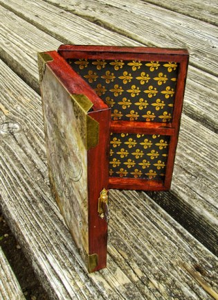 Cigarette Box Steampunk