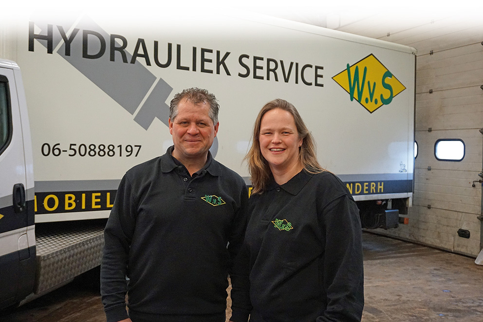 Hier werk ik: Walter en Cindy van Summeren – WvS Hydrauliek- en reparatieservice