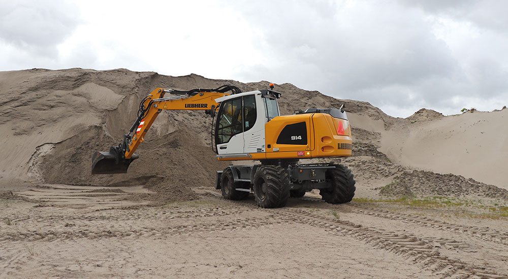 Liebherr A914 - een machine om bergen mee te verzetten - Agri Trader praktijktest (4)