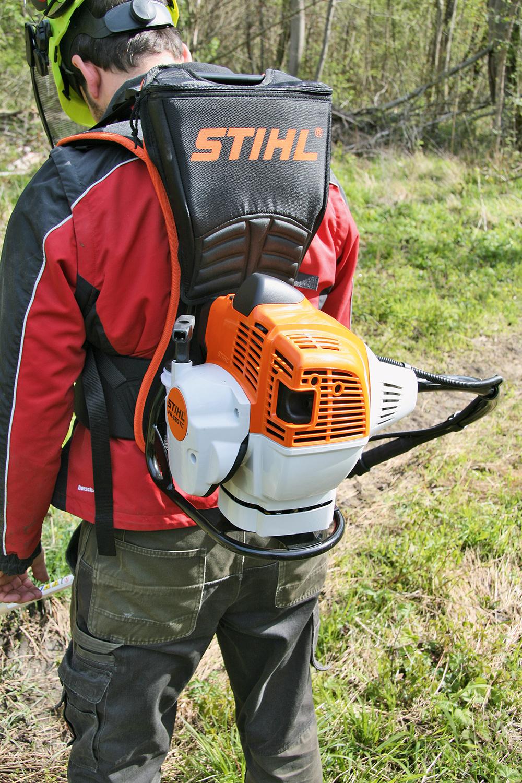 Stihl bosmaaier - de motor op de rug of aan een steel - Agri Trader testrapport (3)