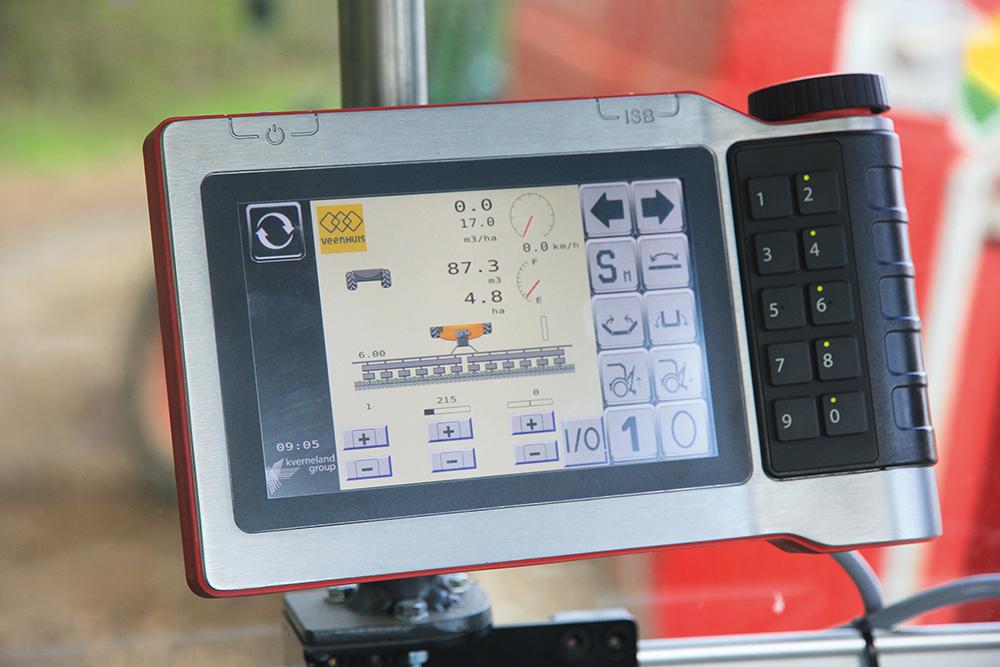 Veenhuis Eco Line mesttank Waar eenvoud volstaat en high-tech loont - Agri Trader Test Jaarboek (15)