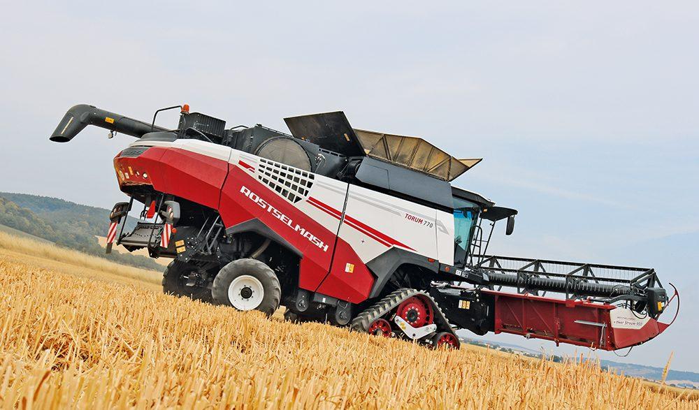 Torum rotormaaidorser van Rostselmash heeft veel verbeteringen - Agri Trader Test Jaarboek (30)
