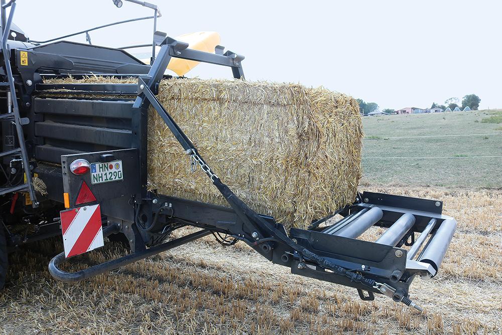 Verbeterd New Holland BigBaler serie - Agri Trader test jaarboek (18)