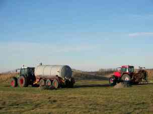 tractor_martie2