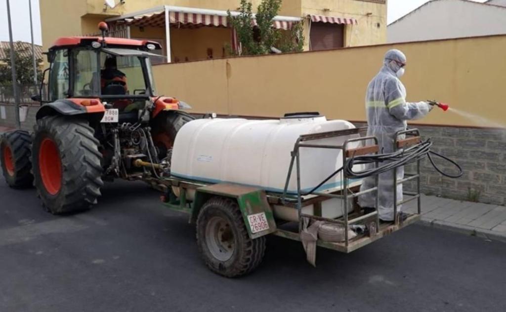 Agricultores madrileños desinfectarán hospitales, residencias y supermercados