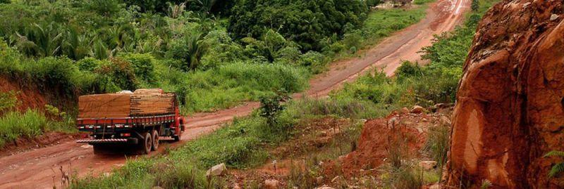 Carretera Transamazónica, Anapú, Pará, Brasil. © Paulo Santos/2005