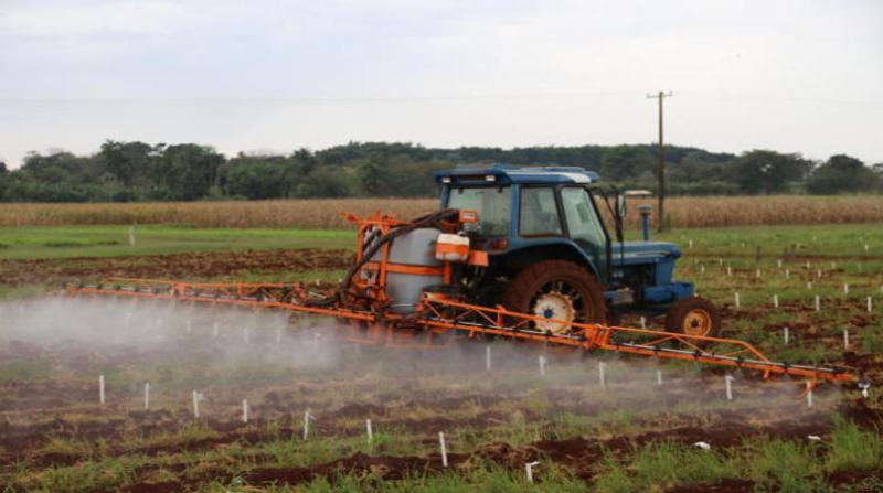agrotoxico maquina aplicacao embrapa christiane congro comas