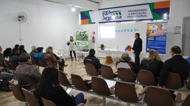 Seminário Educredi - Crédito Ton Silva Divulgação