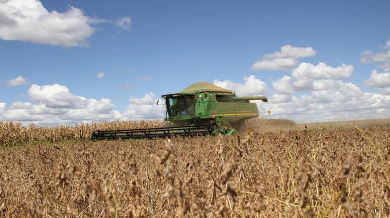 maquina lavoura colheita 21 2 19 elio rizzo