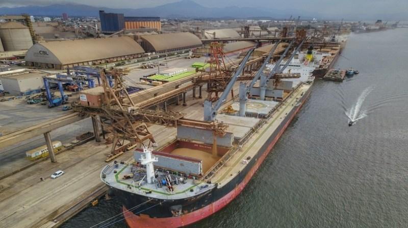 exportacao graos porto paranagua corredor_de_exportacao_jose_fernando_ogura_agencia_de_noticias_do_parana_1