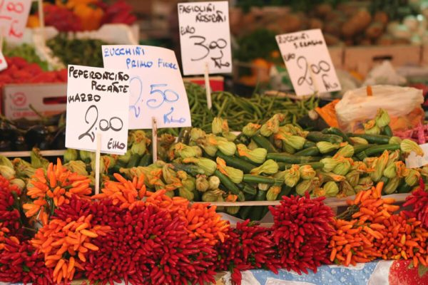 mercado verdura italia 1