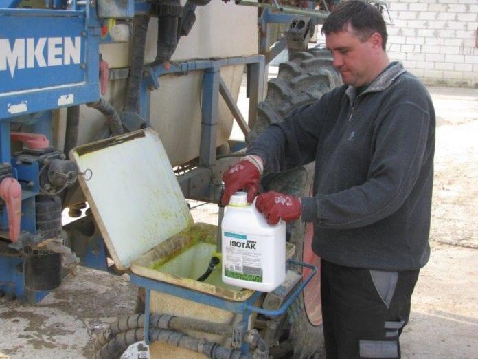 opakowania po środkach ochrony roślin, rolnik, rolnictwo, PSOR, System PSOR