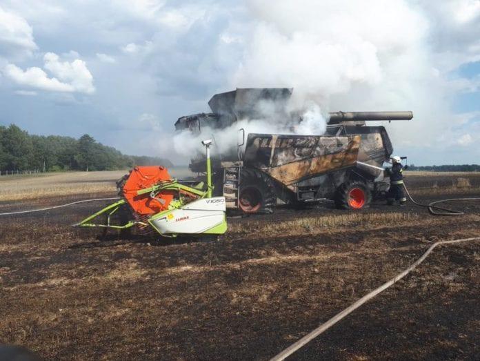 Jak zminimalizować ryzyko pożaru na polu, rolnik, rolnictwo, portal rolny, pożar na polu, pożar kombajnu, pożar zboża na pniu,