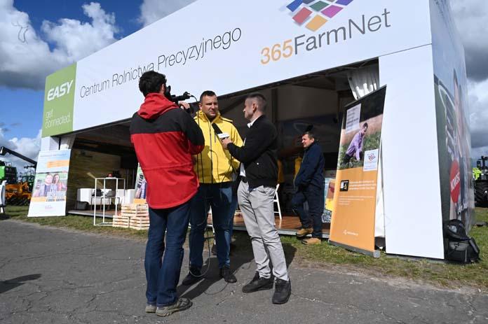 AgroShow, Claas, John Deere, Valtra, Fendt, Massey-Fergusson, Deutz-Fahr, 365FarmNet, 365Pocket,