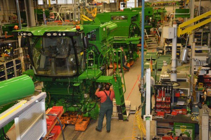 John Deere, zakup kombajnu, kombajn, maszyna, maszyna rolnicza,