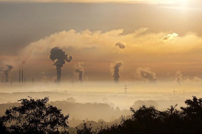 """Gminy dostaną pieniądze na program """"Stop Smog"""""""