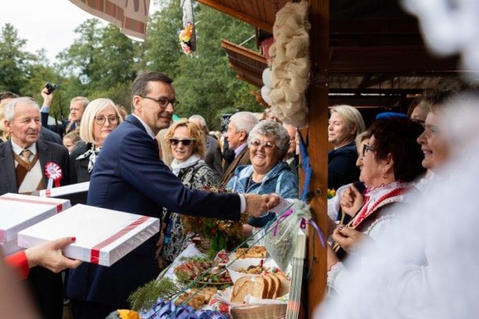 Wdzięczni Polskiej Wsi, Mateusz Morawiecki, rolnik, rolnictwo, pomoc suszowa, koła gospodyń wiejskich