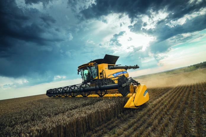 Nowe kombajny CR Revelation, New Holland, kombajn, rolnik, rolnictwo, maszyny rolnicze