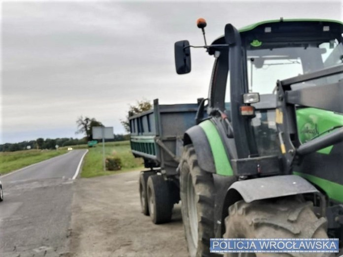 Traktorzysta wpadł po uszy