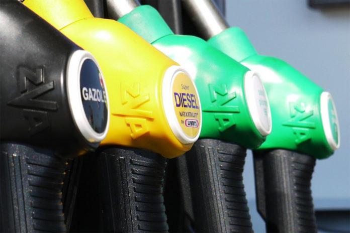 Paliwa na stacjach drogie, ale wciąż stabilne