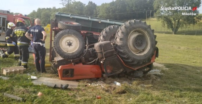 wypadek, ciągnik, wypadek ciągnika, wypadek na wsi