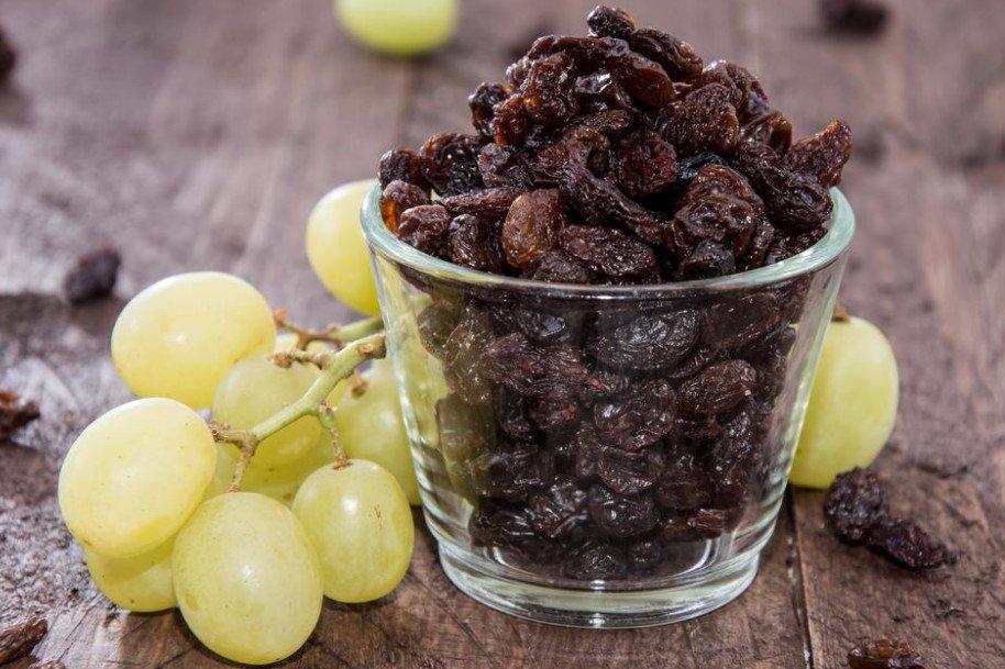 Как сушить изюм в сушилке. Как сушить виноград в электросушилке