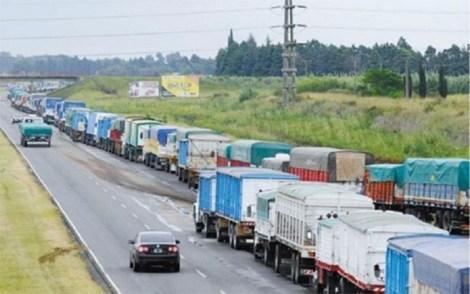Camiones en puertos w
