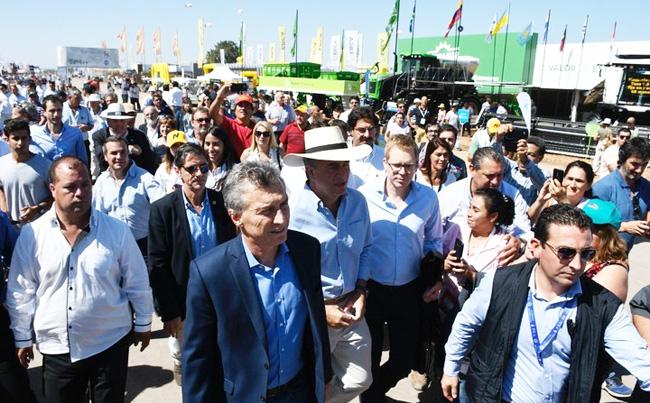 Macri en Expoagro 2018 con publico W