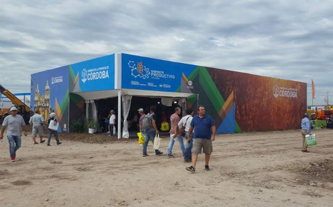 Expoagro Stands : En expoagro presencia record de pymes cordobesas en el stand