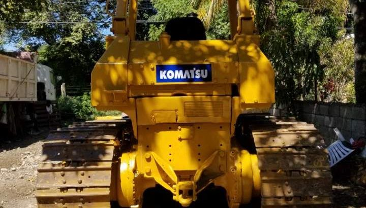 Bulldozer Komatsu D65-7