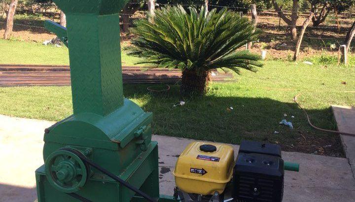 Máquina moledora de granos