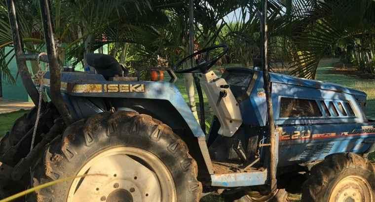 Tractor iseki 4 x 4