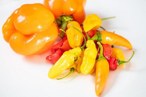 Pimientos naranjas para una salud ocular prolongada