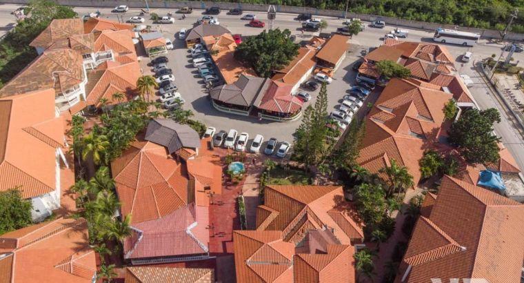 PLAZA HOTEL AMUEBLADA DE VENTA EN BÁVARO