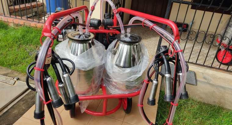 Máquina de Ordeño Mecánico con doble motor (eléctrico y gasolina)