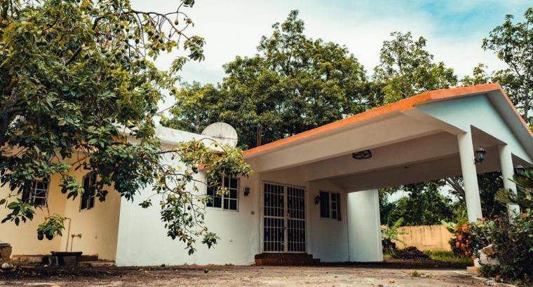 FINCA A MINUTOS DE LA CIUDAD, km. 40 Aut. Duarte, OPORTUNIDAD