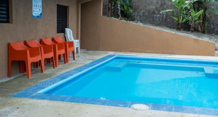 CASA CON PISCINA DE VENTA EN JARABACOA