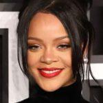 Rihanna confirma data de lançamento da Fenty Skin
