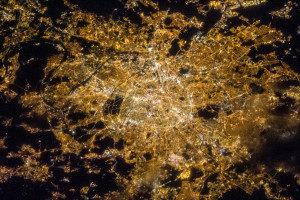 París fotografado dende a ISS.
