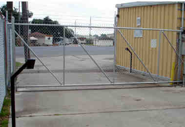 Rolling Automatic Chain Link Gate