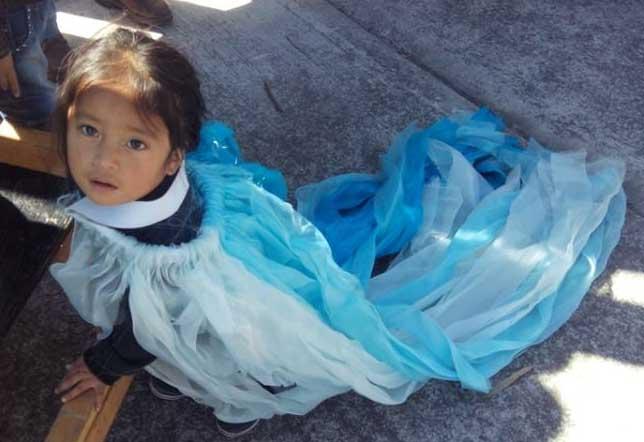 La pequeña Chalchi se compromete con nuestra lucha por el agua