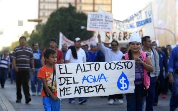 Manifestación contra la Privatizacion del agua, trabajadores del