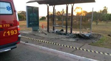 Homem morreu por queimaduras em parada de ônibus de Águas Claras