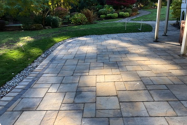 paver patio with double border expert
