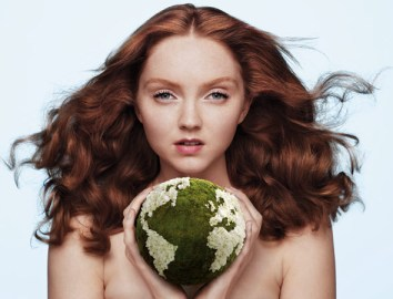 Lily-Cole-joining-the-Body-Shop