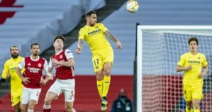 El Villarreal resiste a base de postes los embates del Arsenal y avanza a la final de la Europa League