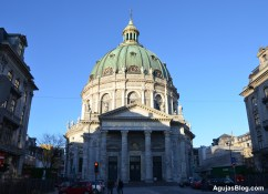 Frederikskirke, or the marble church, has one of the largest domes in Europe with a diameter of 105 feet.
