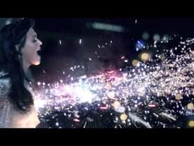 Katy Perry – Firework   biarkan mereka melihat kilauan dirimu!