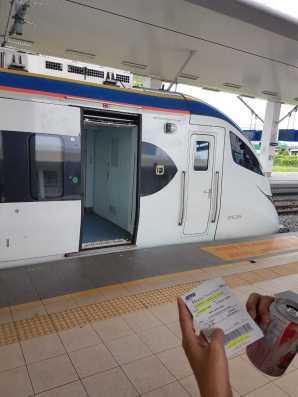Kereta (KTM) Butterworth ke KL Sentral Station